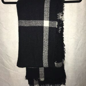 Charlotte Russe Large scarf